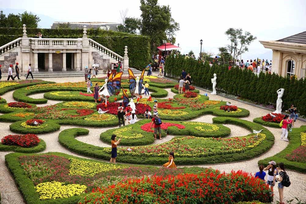 Chiêm ngưỡng vẻ đẹp vườn hoa Le Jardin khoe sắc