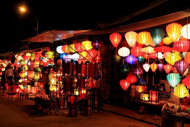 Cửa hàng làng nghề truyền thống