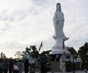 Phật Đứng Huế - Chốn Tâm Linh