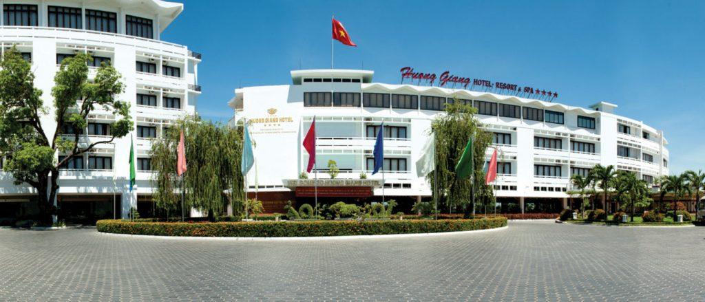 Công ty Cổ phần Du lịch Hương Giang